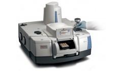 Spektrometr FT-Raman